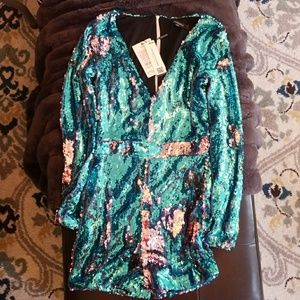 Haoduoyi Other - Sequin Long Sleeve Romper w/ Tags